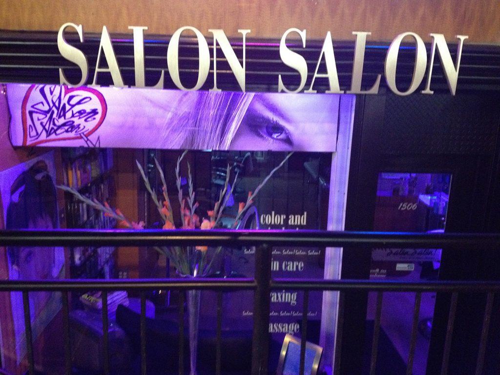 salon-salon-exterior